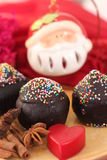 Het vieren Kerstmis met cake Royalty-vrije Stock Fotografie