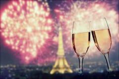 Het vieren Nieuwjaar ` s in Parijs Stock Foto's
