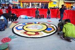 Het vieren Tihar Deepawali festival bij thamal markt Royalty-vrije Stock Fotografie