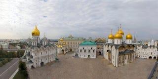 Het Vierkant van de Kathedraal van het panorama van het Kremlin. Rusland royalty-vrije stock foto