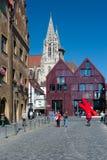 Het Vierkant van de markt in Ulm stock afbeeldingen