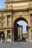 Het Vierkant van de republiek in Florence, Italië royalty-vrije stock afbeeldingen