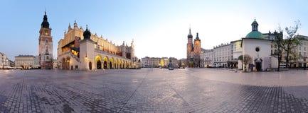 Het vierkant van de stad in Krakau Stock Foto's