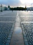 Het Vierkant van het paleis in Heilige Petersburg Stock Fotografie