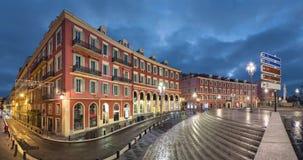 Het vierkant van plaatsmassena bij schemer in Nice, Frankrijk stock videobeelden