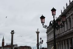 Het vierkant van San Marco in Venetië Italië in regenachtige dag royalty-vrije stock foto