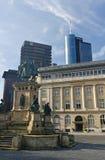 Het vierkante standbeeld van Frankfurt Robmarkt Stock Foto