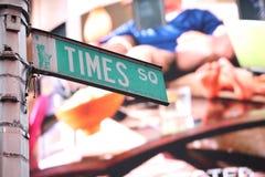 Het vierkante teken van tijden in New York stock foto
