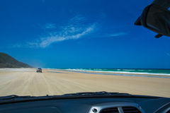 Het vierwielige Drijven op Dubbel Eilandpunt, Queensland royalty-vrije stock foto's