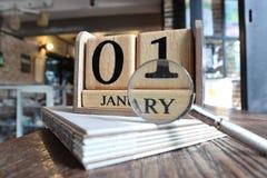 Het vinden van iets op Nieuwe Year' s Dag royalty-vrije stock afbeelding