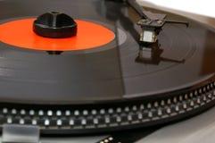 Het vinylverslag van de grammofoon op speler Stock Afbeelding