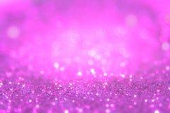Het violette of purpere bokehlicht is de zachte vage cirkels Stock Foto