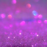 Het violette of purpere bokehlicht is de zachte vage cirkels Stock Foto's