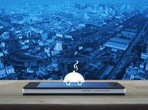 Het vlakke pictogram van de restaurantglazen kap op het moderne slimme telefoonscherm Stock Fotografie
