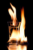 Het vlammen vodca Royalty-vrije Stock Foto's