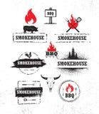 Het Vlees van de rookhokbarbecue op Artisanaal Vector het Ontwerpelement van het Brandmenu Openluchtmaaltijd Creatief Ruw Teken vector illustratie