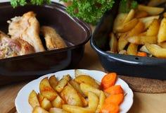 Het vlees van Turkije en kruidige aardappels Royalty-vrije Stock Foto's