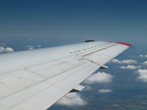 Het vliegen boven de wolken Royalty-vrije Stock Foto
