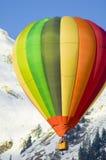 Het vliegen in de alpen Royalty-vrije Stock Foto