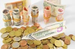 Het vliegen Geldconcept een Dollarvliegtuig Royalty-vrije Stock Afbeeldingen