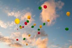 Het vliegen Kleur Baloons I Royalty-vrije Stock Fotografie