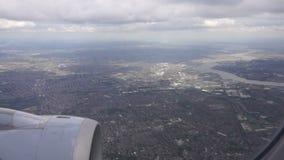 Het vliegen over Groot Londen stock footage