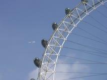 Het vliegen over het Oog van Londen Stock Afbeelding