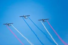 Het vliegen Stunt Stock Foto