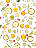 Het vliegen verse greens en vruchten, komkommer, rucola, komkommer, citroen, spruitjes, peterselie, Royalty-vrije Stock Afbeelding