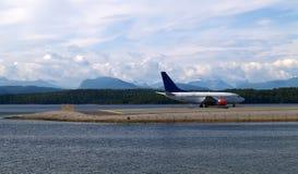 Het vliegtuig is Klaar op te stijgen Royalty-vrije Stock Afbeelding
