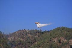 Het vliegtuig van Canadair aan brand Royalty-vrije Stock Foto