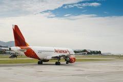 Het vliegtuig van de Aviancaluchtvaartlijn royalty-vrije stock afbeeldingen