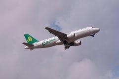 Het vliegtuig van de Luchtvaartlijnen van de lente Stock Afbeeldingen