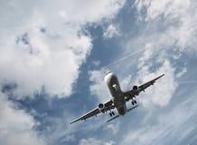 Het vliegtuig van de passagier het opstijgen Stock Foto's
