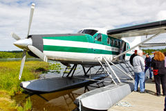 Het Vliegtuig van de Vlotter van Alaska - de Otter van De Havilland Royalty-vrije Stock Foto's