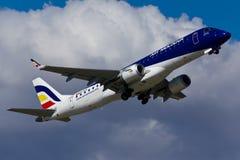 Het Vliegtuig van Embraer E190 Stock Foto