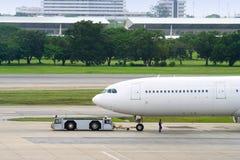 Het vliegtuig van het parkeren royalty-vrije stock fotografie