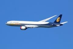 Het vliegtuig van Jet Airways Boeing 777-300 Royalty-vrije Stock Foto's