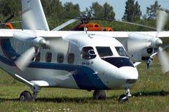 Het vliegtuig van Skydiver Stock Foto's