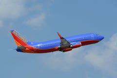 Het vliegtuig van Southwest Airlines het opstijgen Stock Afbeeldingen