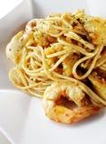 Het voedsel van de fusie - zeevruchtendeegwaren Stock Fotografie