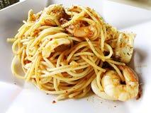 Het voedsel van de fusie - zeevruchtendeegwaren Royalty-vrije Stock Foto's