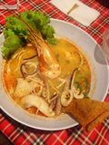 Het voedsel van de Tomyumkungnoedel Stock Foto's