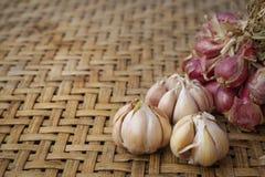 Het voedsel van knoflookingrediënten Stock Foto's