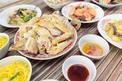 Het voedsel voor maakt dienstenaanbod aan de geesten in Chinees nieuw jaar royalty-vrije stock fotografie