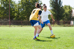 Het voetbal van meisjes royalty-vrije stock afbeeldingen