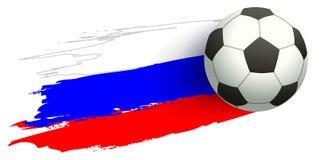 Het voetbalkampioenschap 2018 van Rusland Voetbalbal het vliegen en vlag Rusland Stock Foto