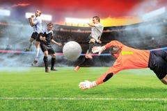 Het voetbalspel Stock Afbeeldingen