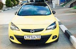 Het vooraanzicht van Opel Astra Royalty-vrije Stock Foto