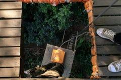 Het voorbereiden van de kabel voor abseil Royalty-vrije Stock Foto
